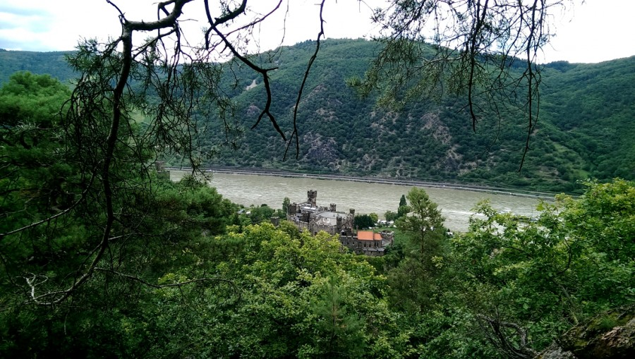 Die Raubritteburg am Rhein Reichenstein