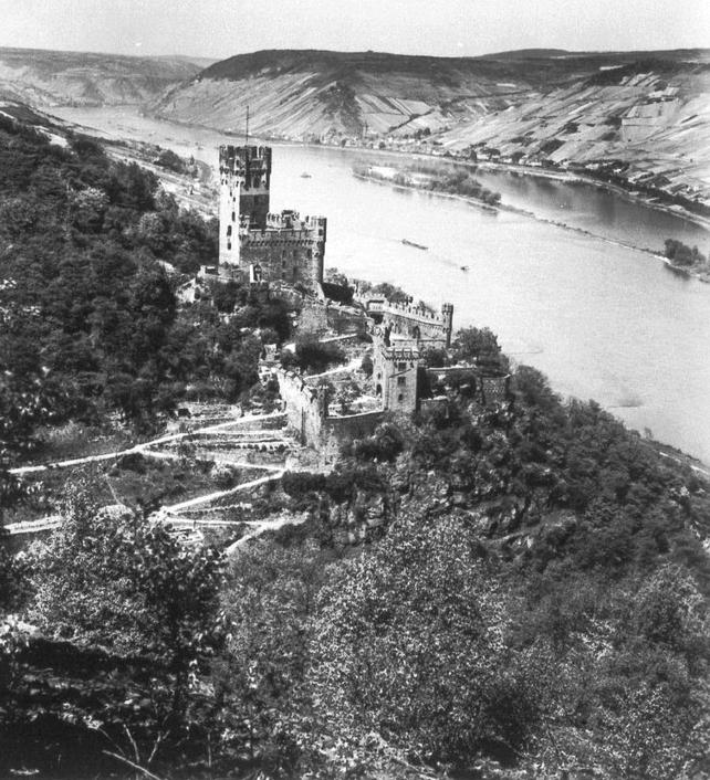 Burg Sooneck Carl Schnitzler (c)bildindex