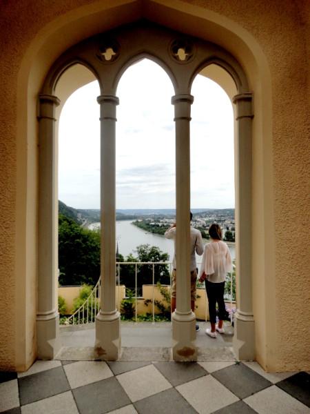 Schloss Stolzenfels_Pergolagarten_Terrassen2