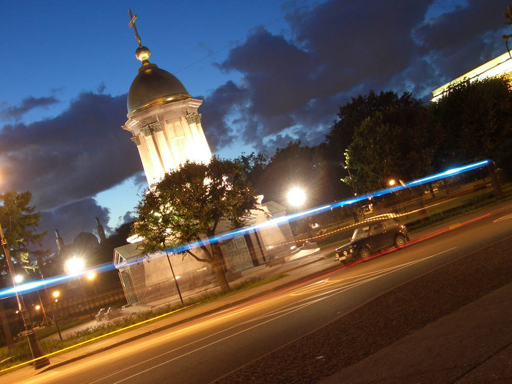 Троицкая площадь Петербурга