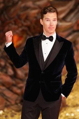 Benedict-Cumberbatch_glamour_10dec13_rex_b_262x393