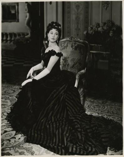 Черное платье как у анны