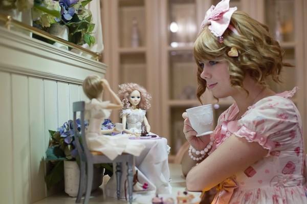 куклы с художницей