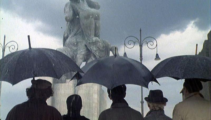"""кадр из фильма """"Амаркорд"""" Федерико Феллини"""