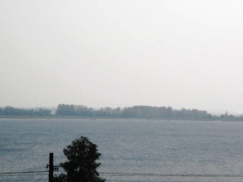В приближении — другой берег Волги, на  подъезде к городу Сызрань — 15 августа 2010 15:48