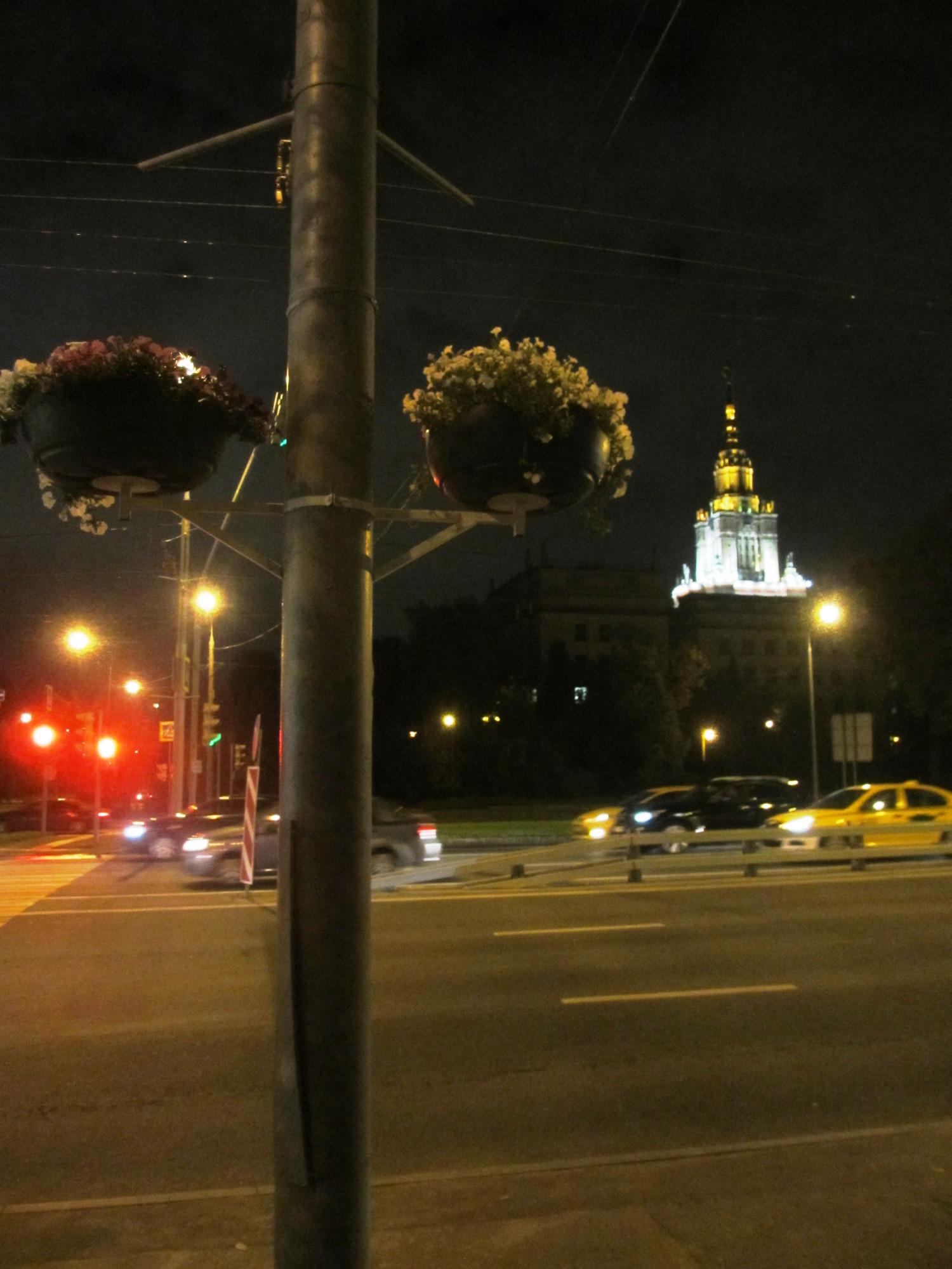 10.09.16, 22:09 — на пересечении Ломоносовского проспекта и Менделеевской улицы