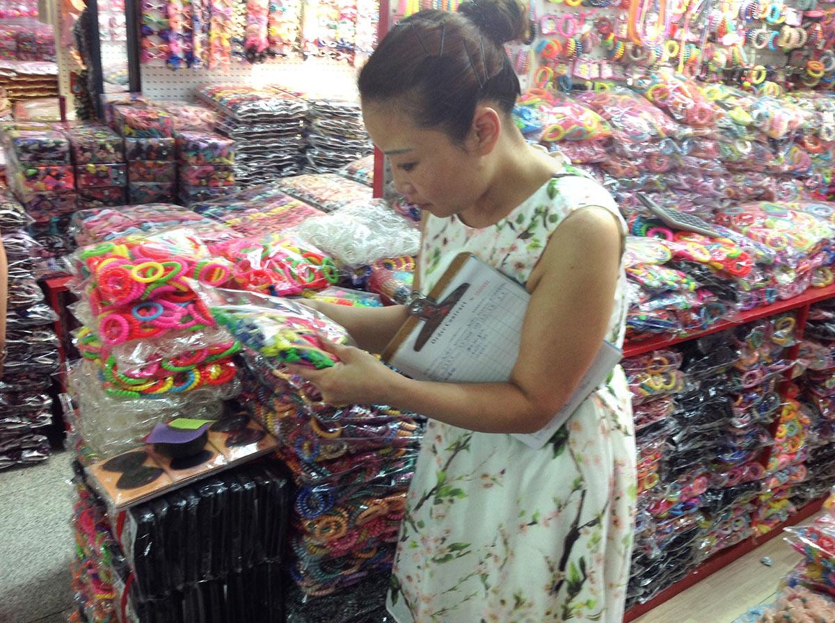 Рынок Футьен. Мелкооптовая продажа аксессуаров для волос