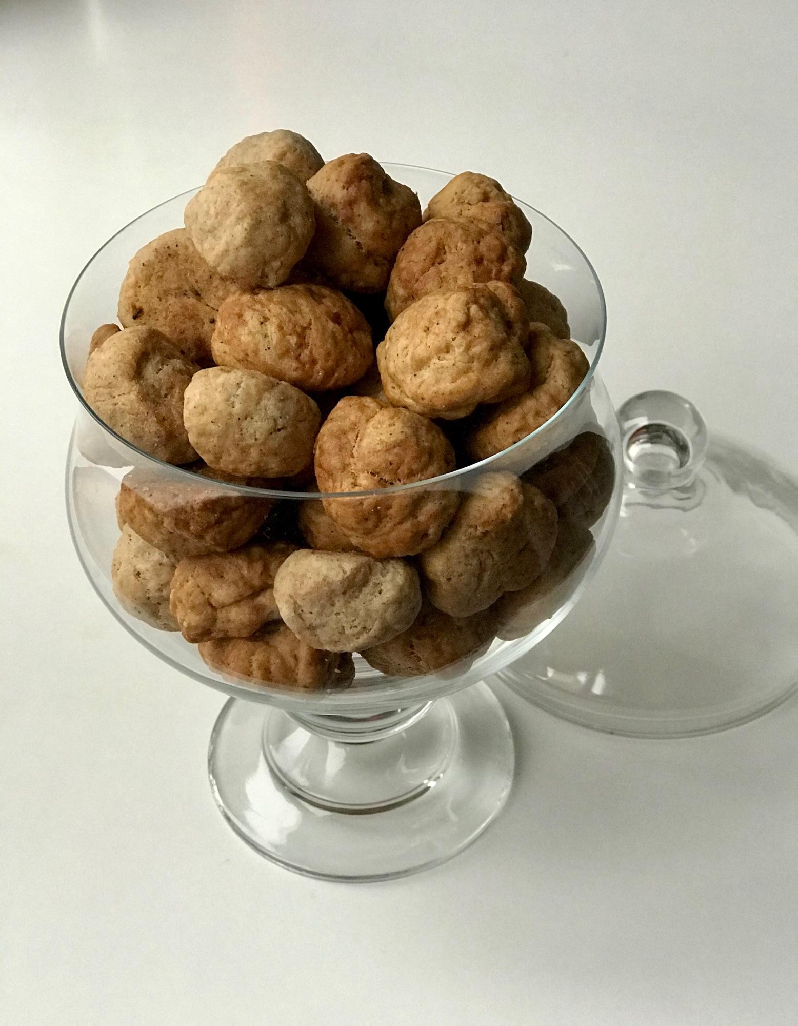 Простой рецепт хрустящего пряного печенья на основе муки масла сахара и пряностей для имбирных пряников
