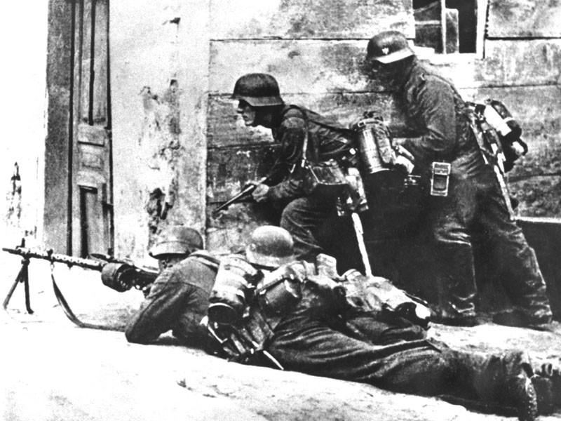 Уличные бои в Ростове-на-Дону. 1942 г.