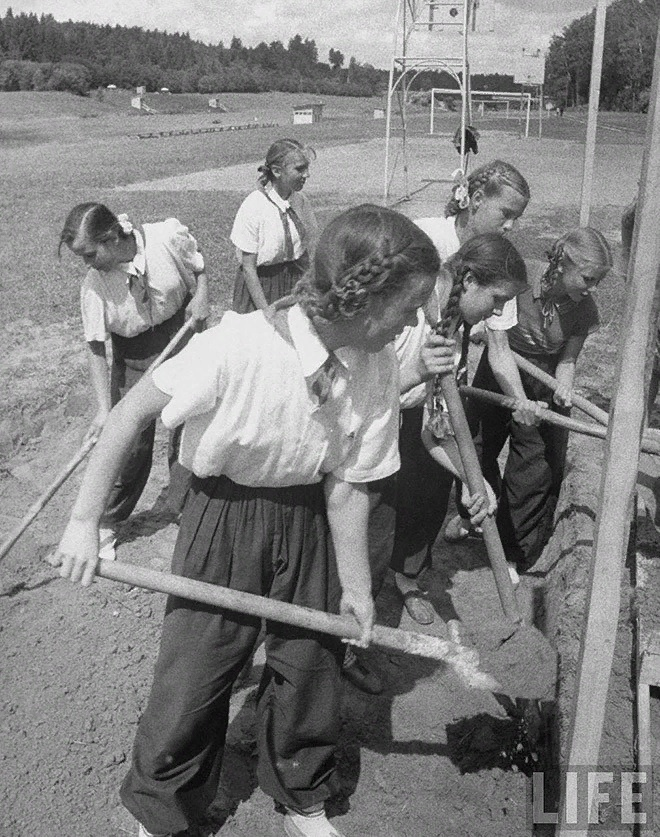 Эксплуатация детского труда в СССР.