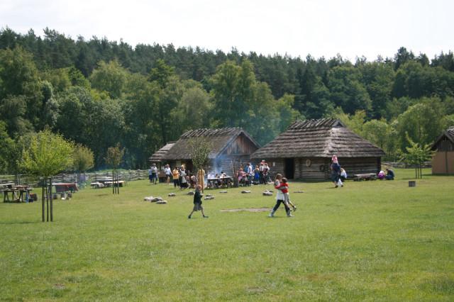 Древнеславянское поселение IX - X вв. Gross Raden