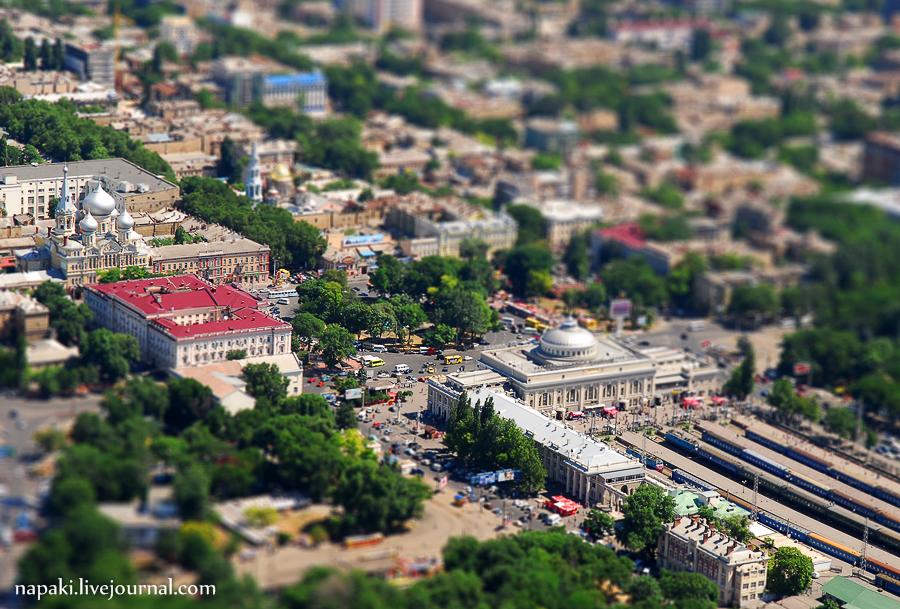Игрушечный ЖД вокзал в Одессе