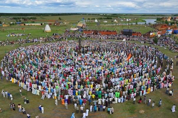 Ысыах компании алмазы анабара собрал более трех тысяч человек (фоторепортаж)
