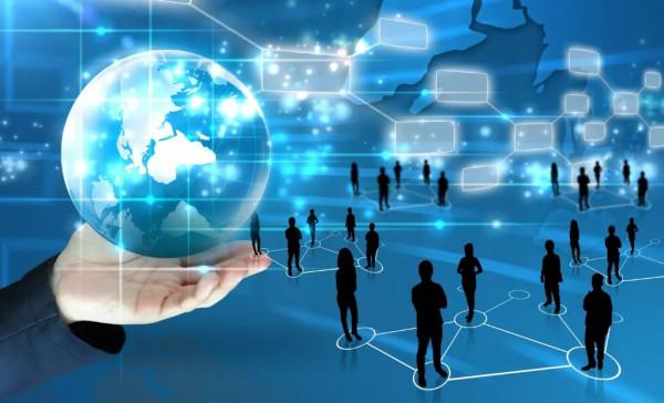 Интервью с Игорем Ашмановым: Россия – уже цифровая колония? (ВИДЕО+)