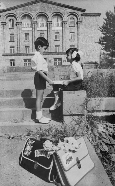 """Для газеты """"Коммунист"""" 1982"""