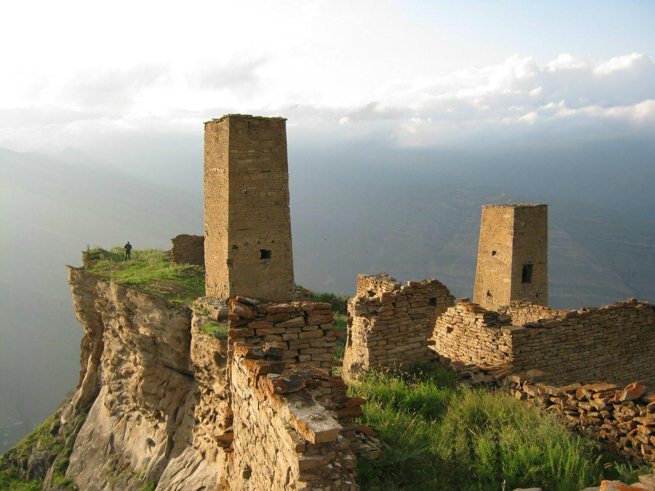 Кто хочет почти бесплатно поехать в Дагестан?
