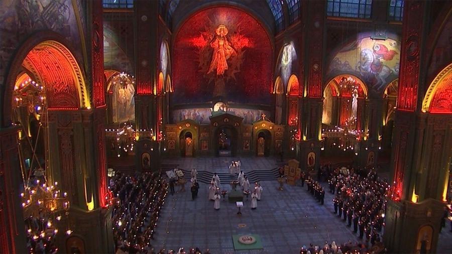 Кровавый праздник в храме войны