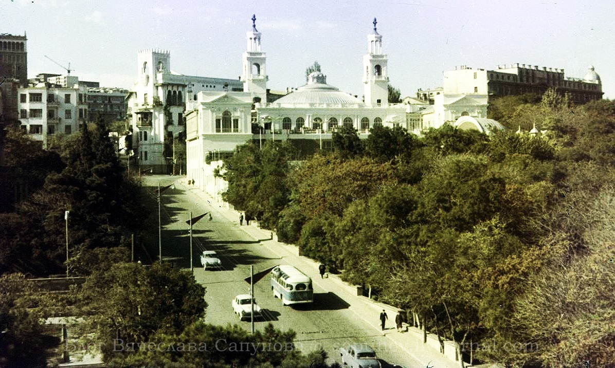 Баку филармония1