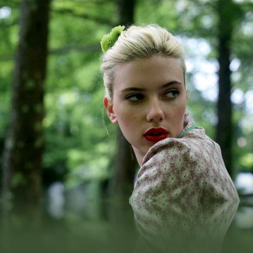 Scarlett+Johansson+Official