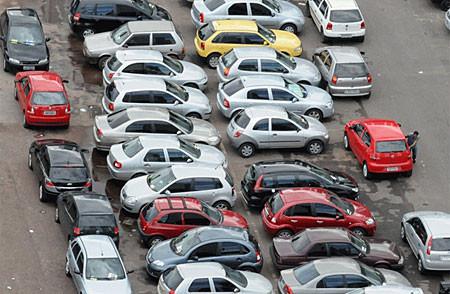 vagas-estacionamento-brasilia-caos-sinalvermelhocuritiba_com