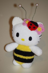 Kitty bee