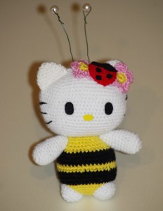 Kitty bee3