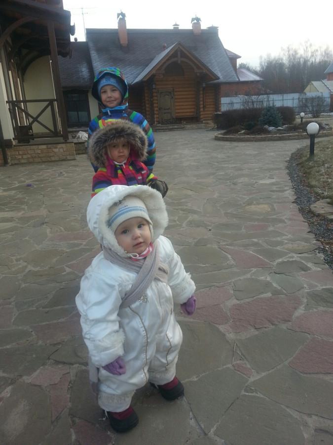 29 ноя 14 Дети гуляют с папой