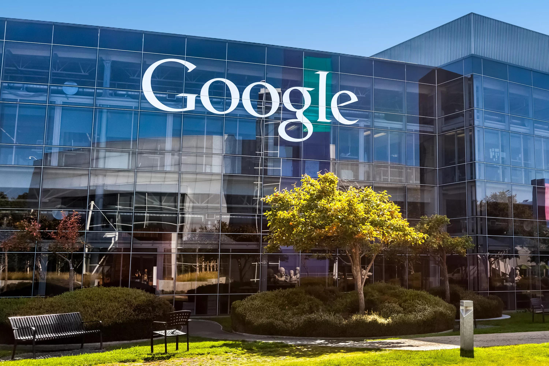Самодурство и непрозрачность одолели Google