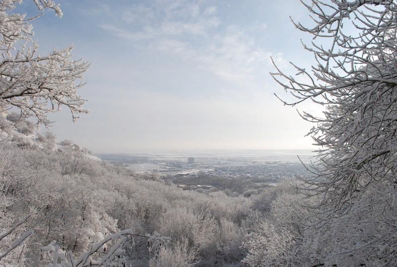 снежная зима в Пятигорске 2016