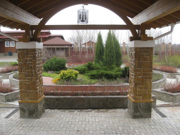 Садовая картина