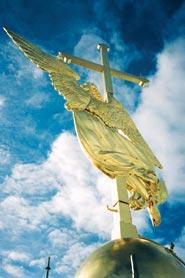 Ангел на шпиле Петропавловского собора