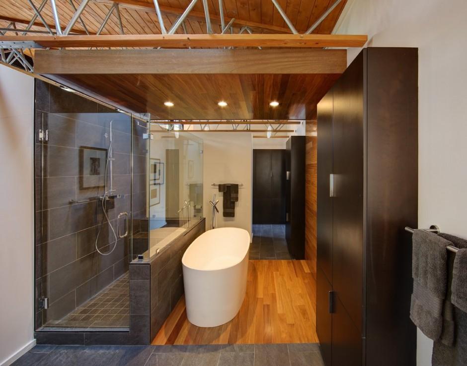 Elegant-Bathroom-Wood-Details