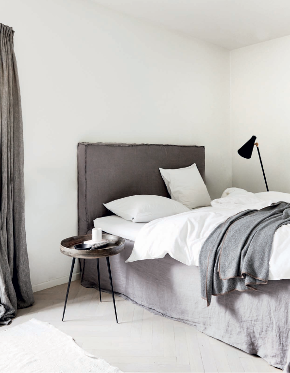 79ideas_beautiful_grey_bedroom