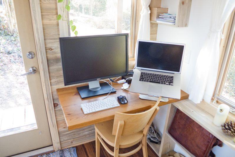 living-desk1