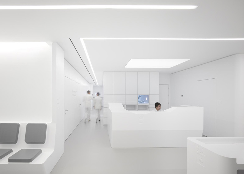 White-Space-orthodontic-clinic-by-Bureauhub_dezeen_ss_2