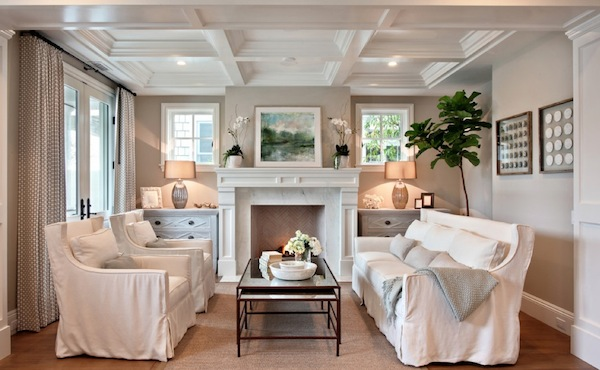myths-small-rooms-large-furniture