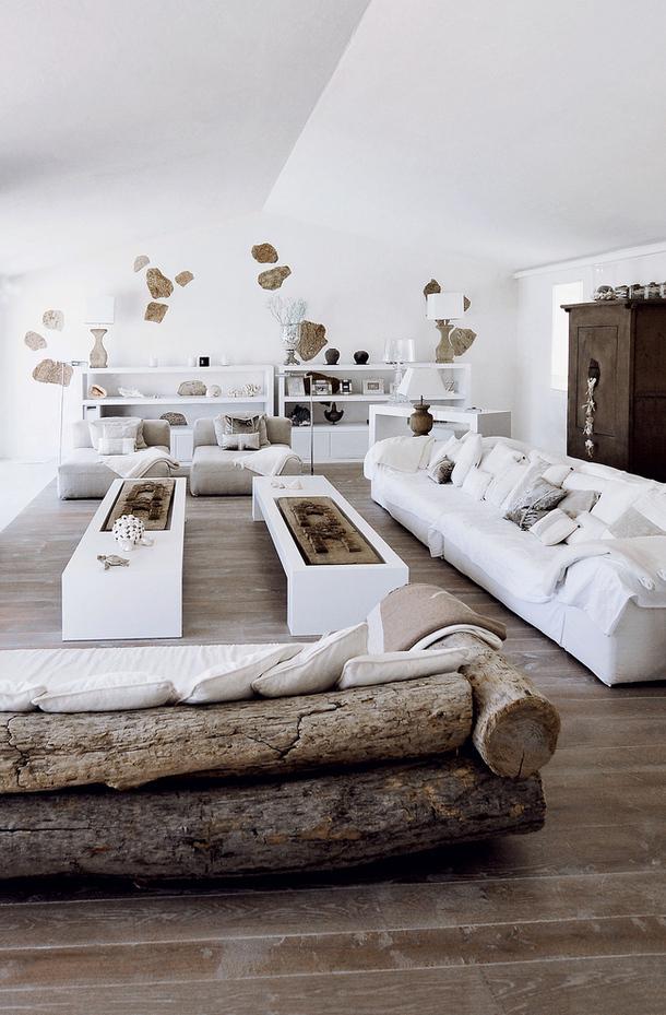 79ideas_living_area_driftwood_sofa