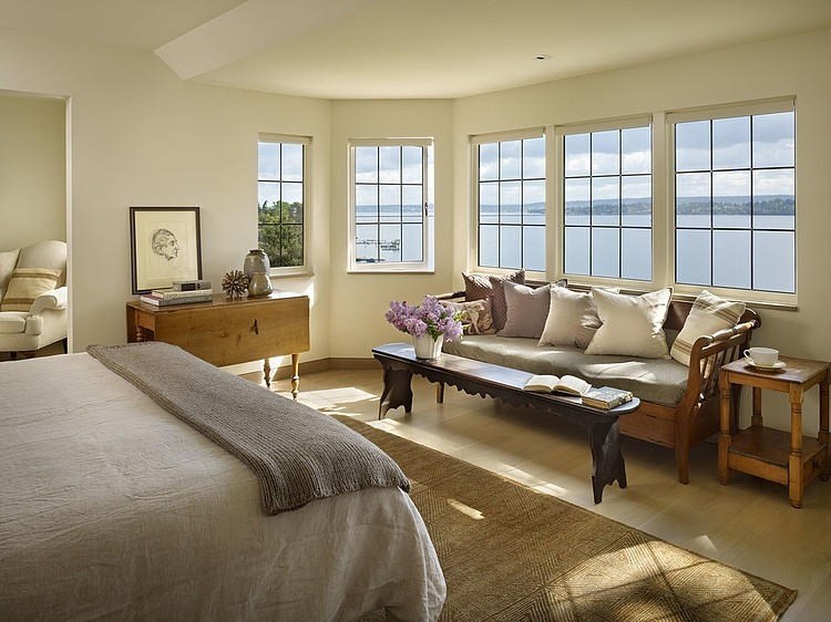 Water-View-and-Bedroom