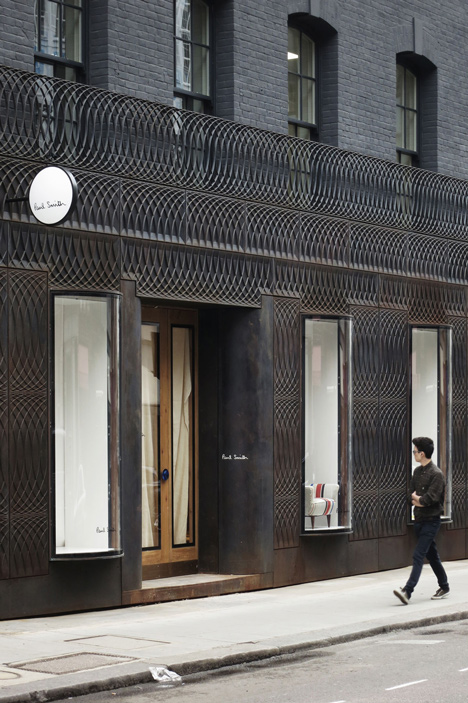 dezeen_Paul-Smith-Albemarle-Street-store-facade-by-6a-Architects_1