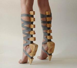 ботинки босые ноги