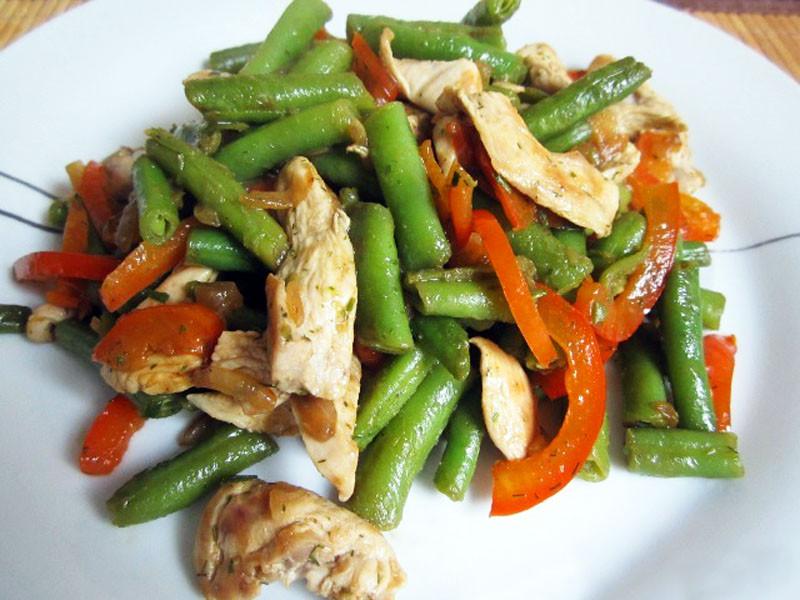 Салат курица с фасолью с