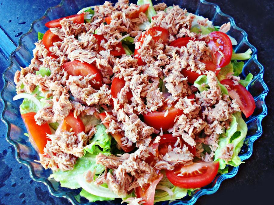Рецепты салатов с мясом курицы с фотографиями
