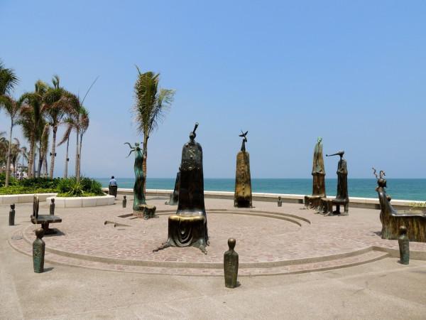 Alejandro Colunga sculptures_artodyssey_chairs (2)
