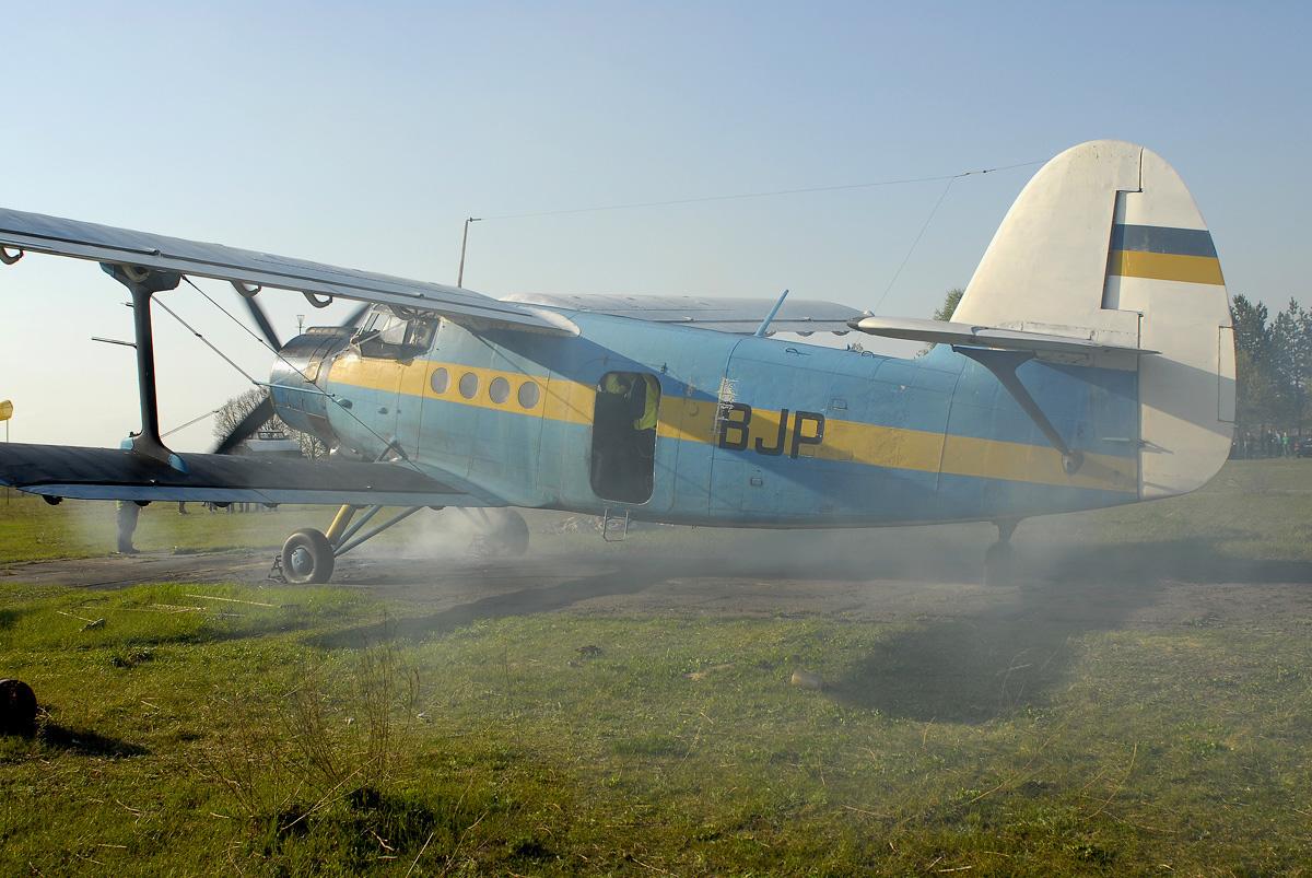 03_Antonov_An-2_2007