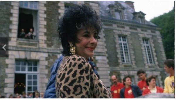1988 Elizabeth Taylor au château de Balleroy