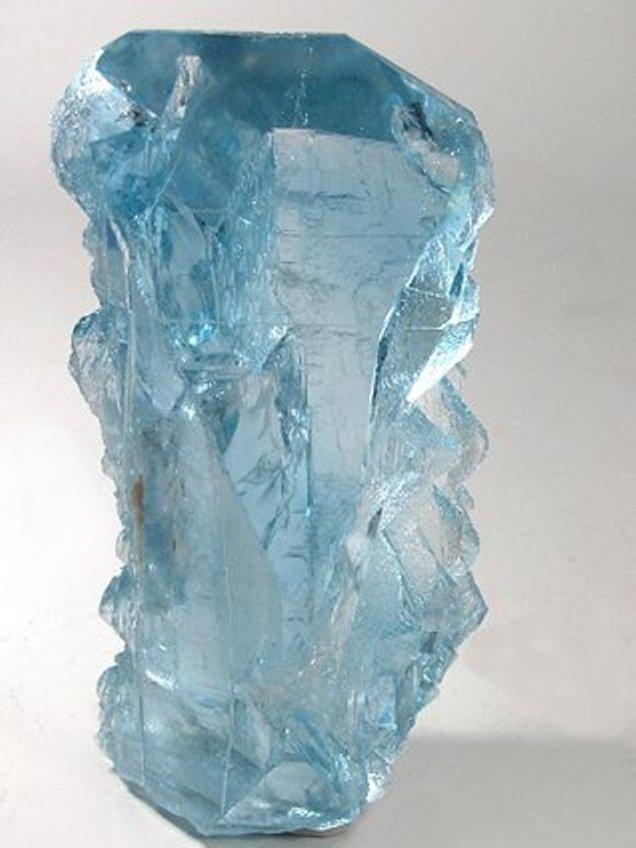 фото топаз голубой