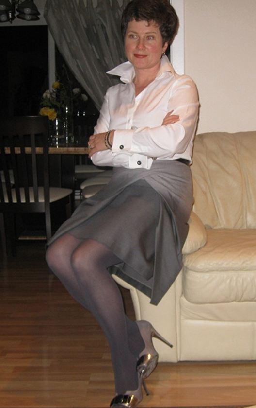 Lena Grey Skirt