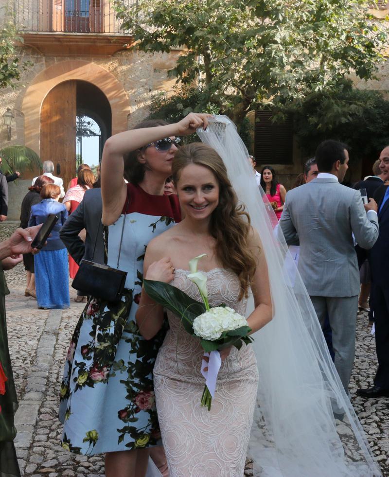 Lavrishina blog Majorca Wedding Taking off the veil