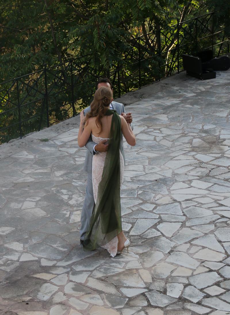 Lavrishina-blog-Lena-the-bride-with-green-chiffon-scarf