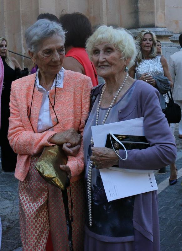 Lavrishina blog Majorca Wedding grandmos